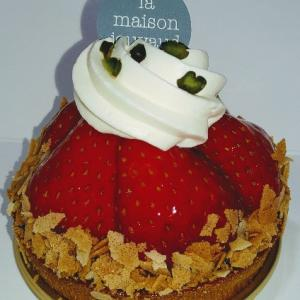 ラ・メゾン・ジュヴォーのタルト・フレーズ♥季節限定ストロベリータルトで、美しいイチゴがたくさん乗