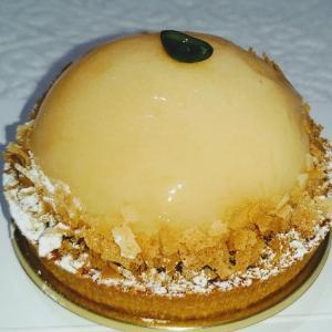 ラ・メゾン・ジュヴォー のタルトペッシュ(桃のタルト♥普通でした。固いタルト台にクリームも普通