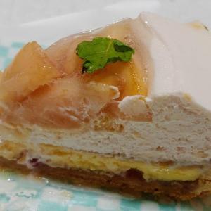 キルフェボンの桃とチーズのタルト♥チーズスフレに桃ジャム、桃クリームにパイタルトでとても美味しい