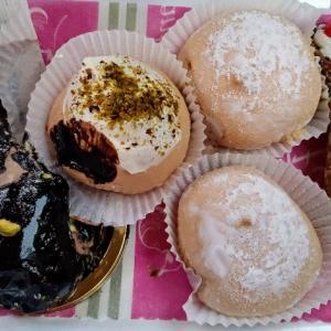人気老舗パティスリーでスイーツ色々GET★チョコレートケーキとチョコムースケーキ☆Ferrini