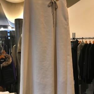 マリン風白スカート