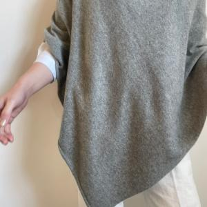 白シャツに合わせて