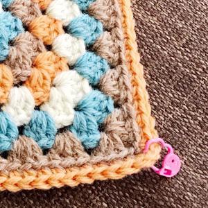 グラニースクエアモチーフをきれいに編むために知っておいてほしいこと。