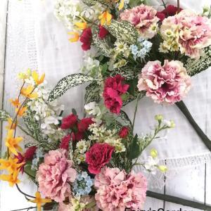 先生に任せて良かった♪春のお供え花は優しく華やかに ~オーダーメイド~