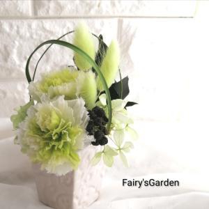 お供え花のタブー。使っちゃダメなお花は?