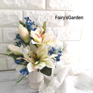清楚に華やかに、お盆のお供え花 ~オーダーメイド~