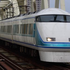 小菅駅で東武鉄道と東急電鉄の車両を撮ってみる。