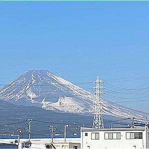 富士山に少し雪
