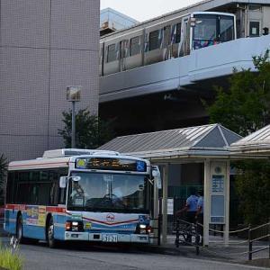 シーサイドライン逆走事故で代行輸送バス運転から一年