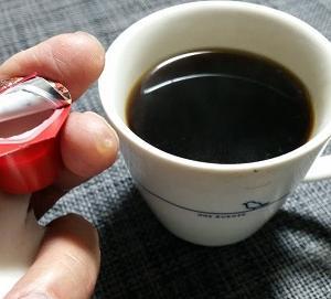 『モンちゃんと朝のコーヒー~幸せな寝顔』の巻♪