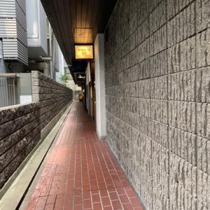 【麻婆担々麺 堂島】 ランチ『黒胡麻担々麺+温泉たまご』 大阪市北区