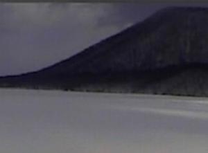 榛名湖氷上釣り:6年連続で中止 氷の厚さ不足