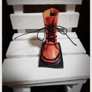 【セリア】ブーツにPOSCAで色塗ってみた👀