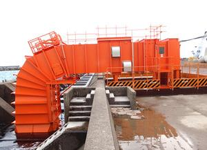 NEDO、山形県酒田港で約15kWの空気タービン式波力発電の実証試験を開始