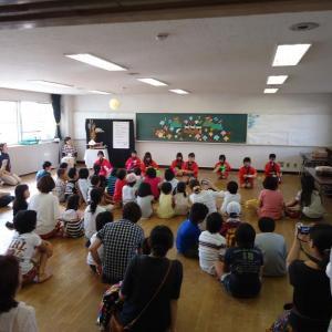 児童館での手回しオルゴールコンサート