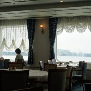 ぱしふぃっく びいなす 夏の南紀・名古屋クルーズ 名古屋港へ(朝食)
