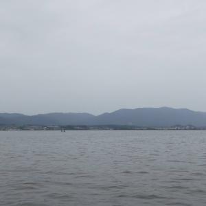 7月13日の琵琶湖 冷たい雨はつらいです。