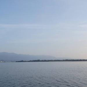 8月19日の琵琶湖 秋の気配が少しづつ。