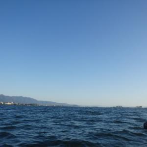 10月31日の琵琶湖 朝だけ…
