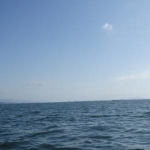 5月3日の琵琶湖 やっぱり少し冷えたようです。