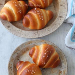 塩気がたまらない塩パン