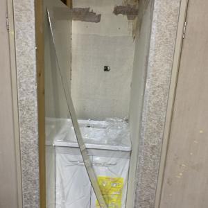 洗面台が壊れた・・・・・