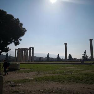 【世界一周】アクロポリス周辺、猫歩きとファラフェル【アテネ】