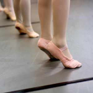 バレエの先生が怪我したら〜どうしますか?