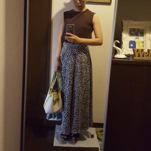 コーデ☆冬セール購入のスカートが夏も穿ける!