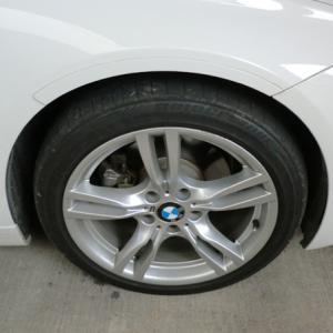 """BMW純正18""""ホイールリム傷"""