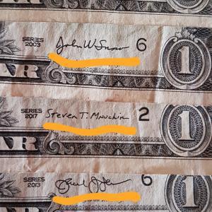 アメリカ紙幣にまつわる面白いサインの話。財務長官は達筆なほうがよいと思うw
