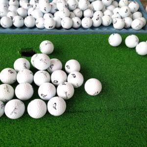 ゴルフボールの打ちくらべ