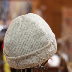 ベレー帽も欲しいけど、ニット帽も欲しい!