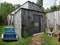 Container House Thanksgiving Escape