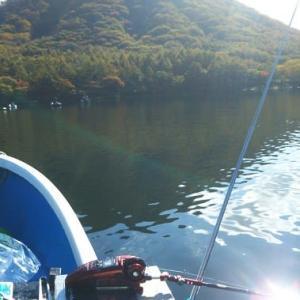 シマノ・ワカサギブログにアップ!「いつまで続く!?榛名湖・・・・」
