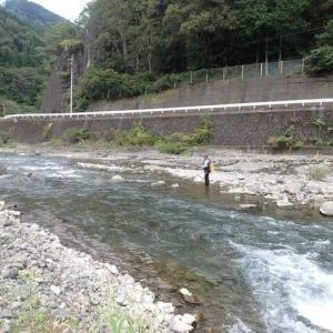 神が流れる川で調査釣り!