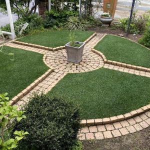 円形芝生コーナー