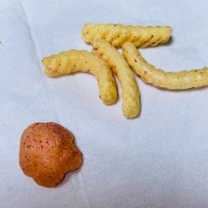 かっぱえびせん 紀州の完熟梅味でこれー♪( ´▽`)