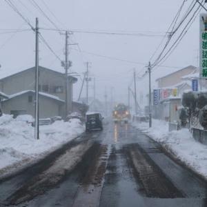 吹きすさぶ吹雪の嵐し