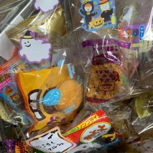 ハロウィンといえばお菓子!