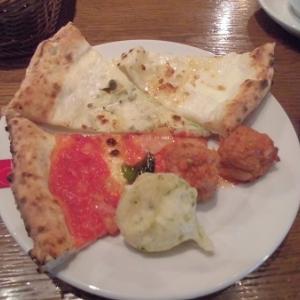ピザをひたすら食べるバイキング♪~サルヴァトーレクオモ&バール