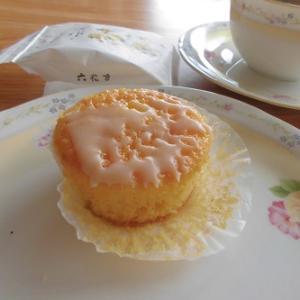 レモンのプチパウンドケーキ!万作♪~六花亭