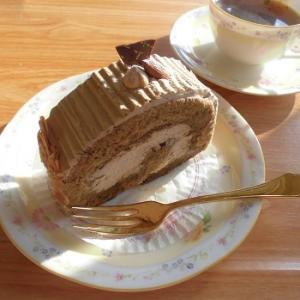 コーヒー感バッチリ!コーヒーロール・ルローカフェ♪~札幌グランドホテル