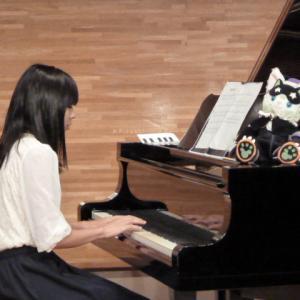 ピアノ歴6年の保育士さん、去年に引き続き、卒園式のピアノ伴奏者になりました。
