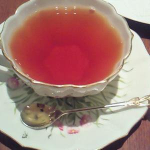 朝の紅茶を楽しんでみるのもよいかもしれません