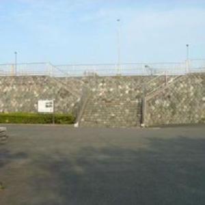 再現された 明治時代の石造り防潮堤  (静岡県焼津市鰯ヶ島251-1)