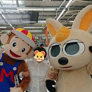 沖縄県で1、2位をあらそう 大人気のゆるキャラ二人と幻のショット☆