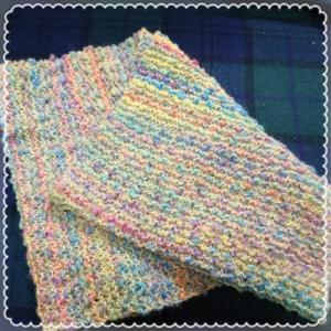 ガーター編みのスヌード。