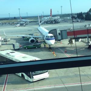 初めてのポーランド航空!--イスタンブールからワルシャワへのビジネスクラス--