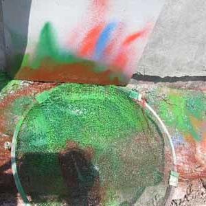 礒岩オブジェの塗装